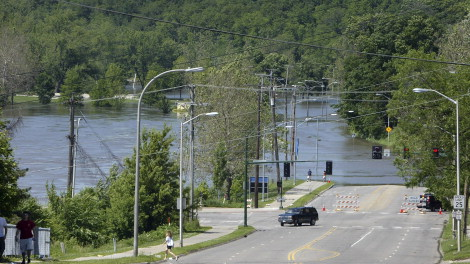 DUBUQUE STREET FLOOD MITIGATION FILE